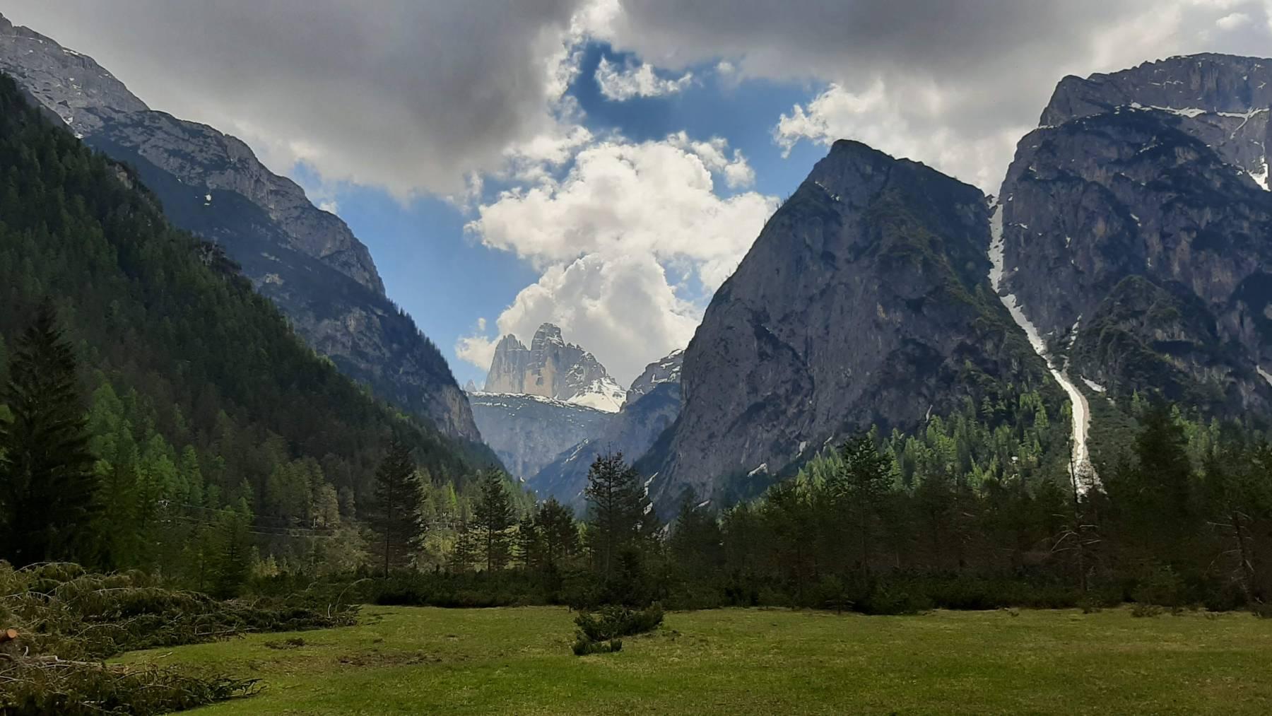 Pohled na Tre Cime di Lavaredo