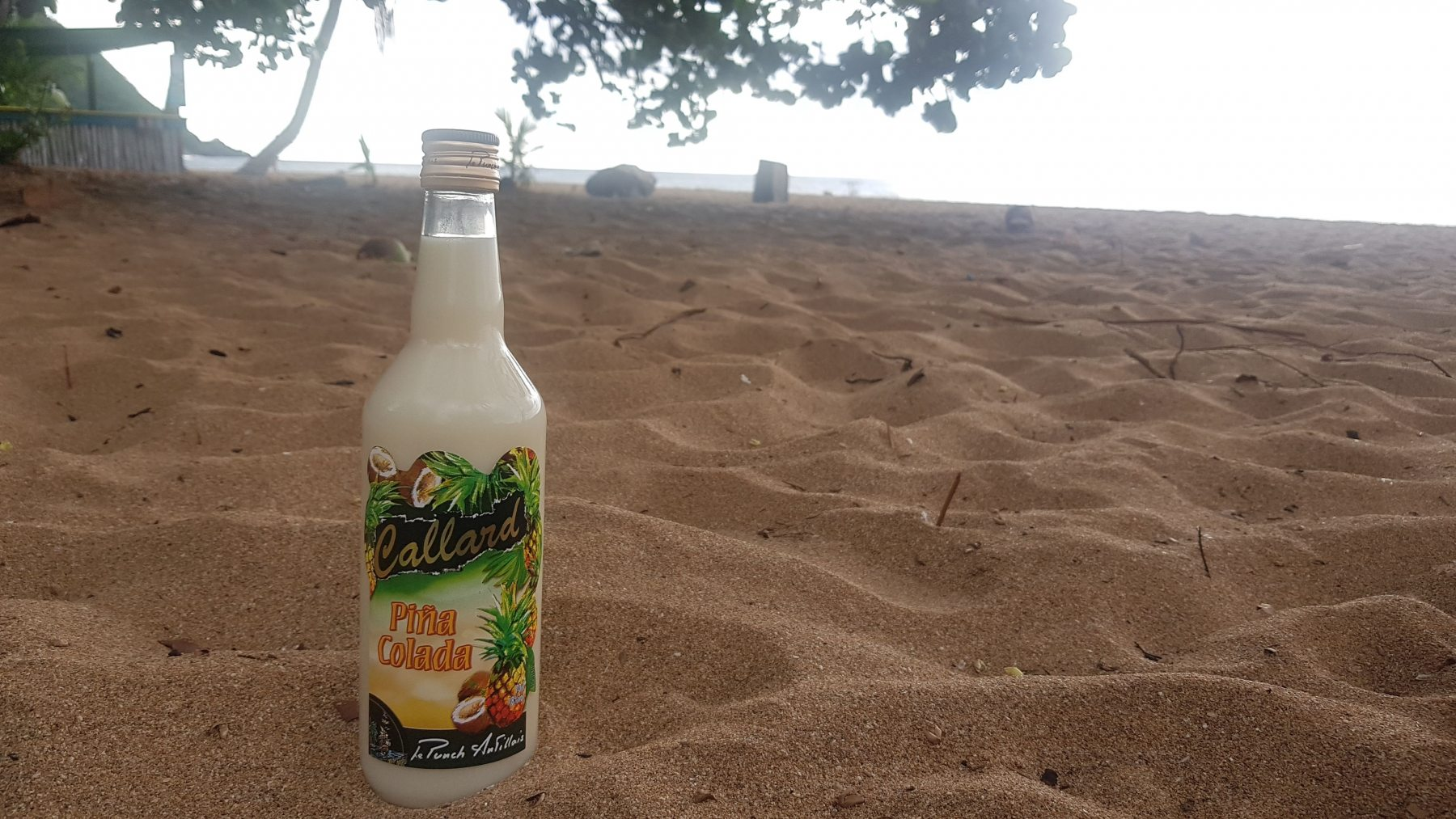 Rum na pláži